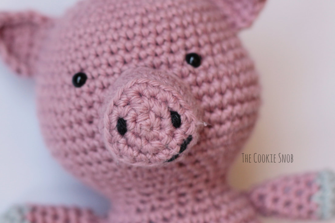 Penny the Pig Free Crochet Pattern