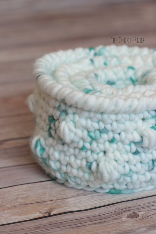 Agate Beach Baskets: Free Crochet Patterns